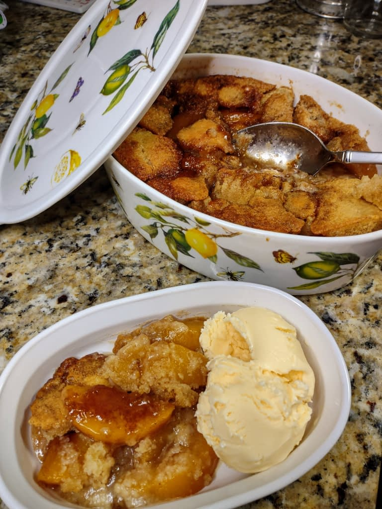 Peach Cobbler with Canned Peaches